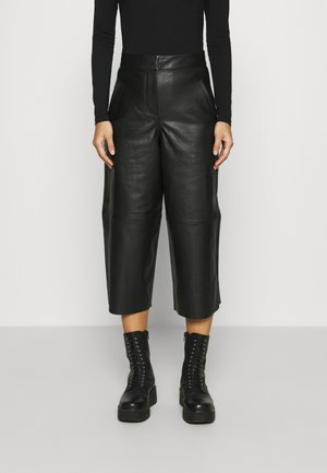 LEAH CULOTTE - Leather trousers - black