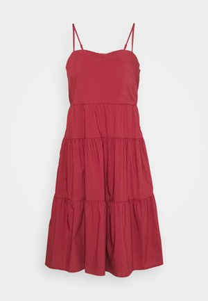 CAMI TIERD - Day dress - red clay