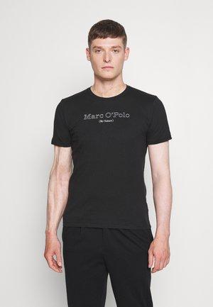 SHORT SLEEVE CREW NECK ARTWORK ON CHEST - T-shirt print - black