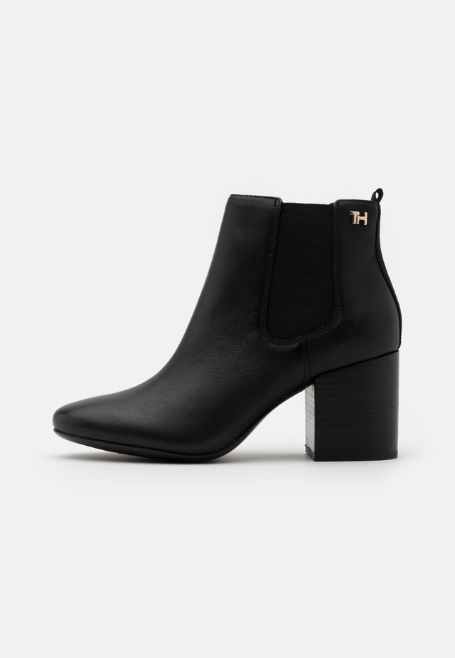 ESSENTIAL MID HEEL - Ankle boot - black