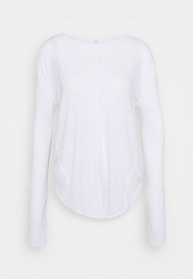 LAY UP TEE - T-shirt à manches longues - white