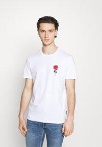 YOURTURN - T-shirt con stampa - white - 0