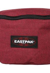 Eastpak - SPRINGER NEW COLORS - Bum bag - crafty wine - 6