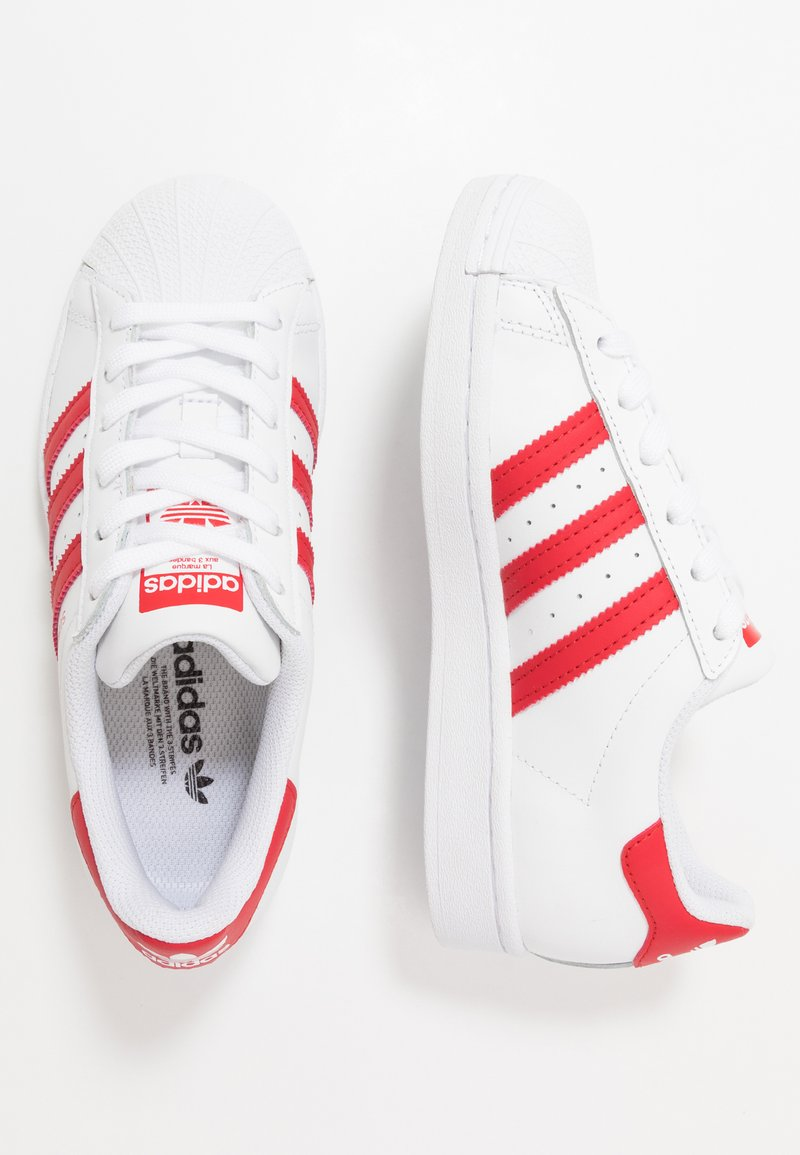 adidas Originals - SUPERSTAR SPORTS INSPIRED SHOES UNISEX - Sneakersy niskie - footwear white/scarlet