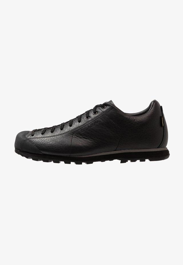 MOJITO BASIC GTX - Climbing shoes - black
