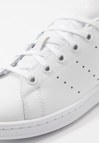 adidas Originals - STAN SMITH - Baskets basses - footwear white/core black - 2