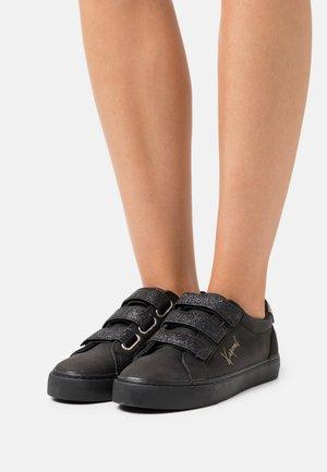 TIPPY - Baskets basses - noir