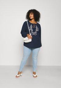 Levi's® Plus - MILE HIGH - Jeans Skinny Fit - naples shine - 1