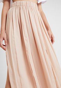 Topshop - SUMMER PLEAT - Maxi skirt - cream - 4