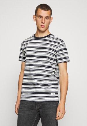 JPRBLAIAN STRIPE TEE CREW NECK - T-shirts print - dark navy