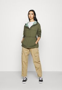 Champion Reverse Weave - JACKET - Windbreaker - olive - 1