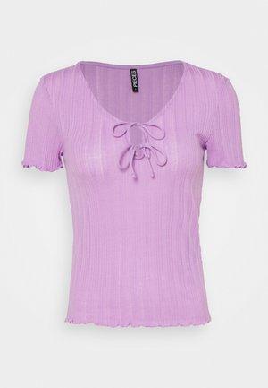 PCTHEIA - Basic T-shirt - sheer lilac