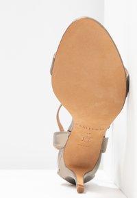 Pura Lopez - Sandals - gold - 6