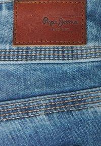 Pepe Jeans - SATURN CROP - Džínové kraťasy - denim - 5