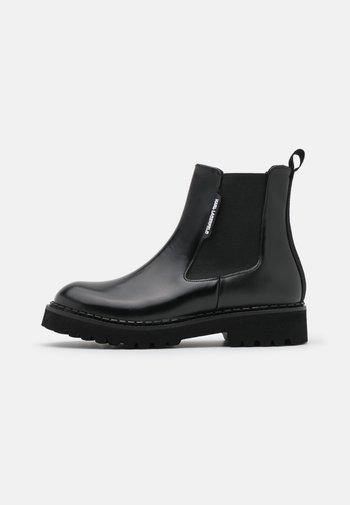 TROUPE GORE BOOT  - Platform ankle boots - black