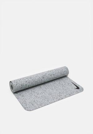 MOVE YOGA MAT 4 MM UNISEX - Fitness / Yoga - light smoke grey