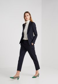 Filippa K - EMMA - Trousers - dark navy - 1