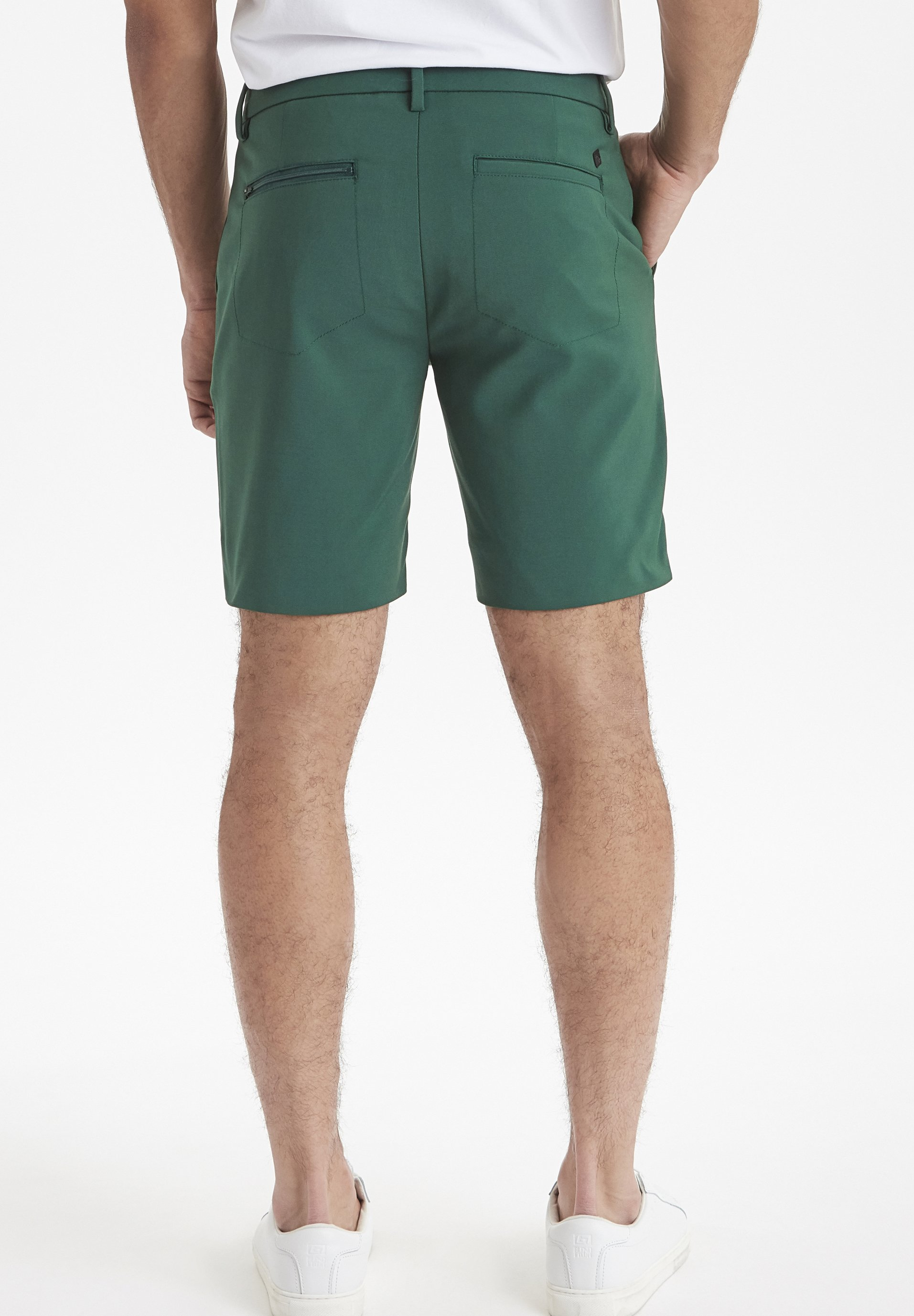 Casual Friday SLIM FIT - Short - bistro green