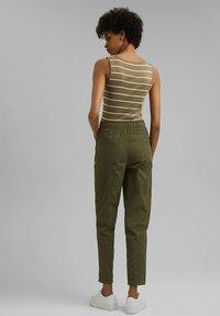 edc by Esprit - TWIST  - Trousers - khaki green - 2