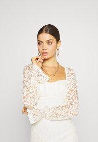 NA-KD - RUCHED MINI DRESS - Vestido de cóctel - off white - 3