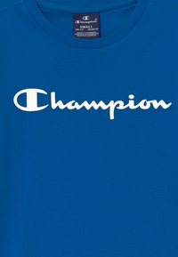 Champion - LEGACY AMERICAN CLASSICS CREWNECK - Triko spotiskem - royal blue - 3