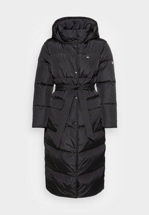 LONGLINE BELTED COAT - Classic coat - black