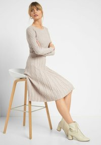 ORSAY - A-line skirt - sandstein - 1