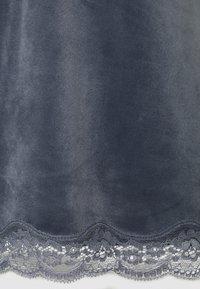 Hunkemöller - CAMI SCALLOP - Pyjama top - folkstone grey - 2