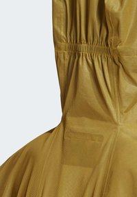 adidas Performance - TERREX AGRAVIC RAIN JACKET - Regnjakke / vandafvisende jakker - gold - 5