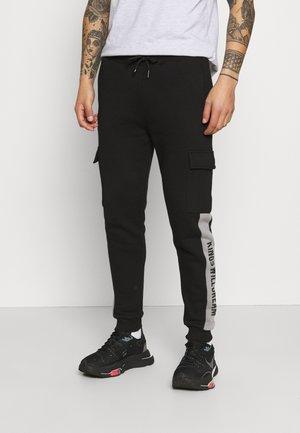 CHAPMAN  - Cargo trousers - black/sharkskin