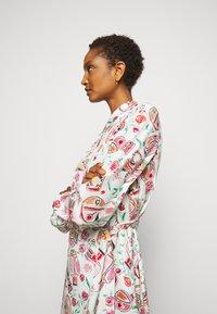 Claudie Pierlot - ROSALINDA - Shirt dress - clair - 3
