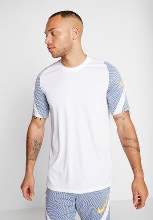 DRY STRIKE - T-shirt imprimé - white/obsidian mist/laser orange