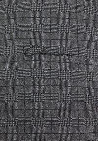 CLOSURE London - CHECKED CREWNECK - Bluza - black - 5