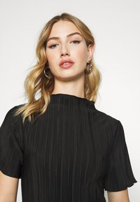 Weekday - ELAINE PLEAT SHORT DRESS - Day dress - black - 3