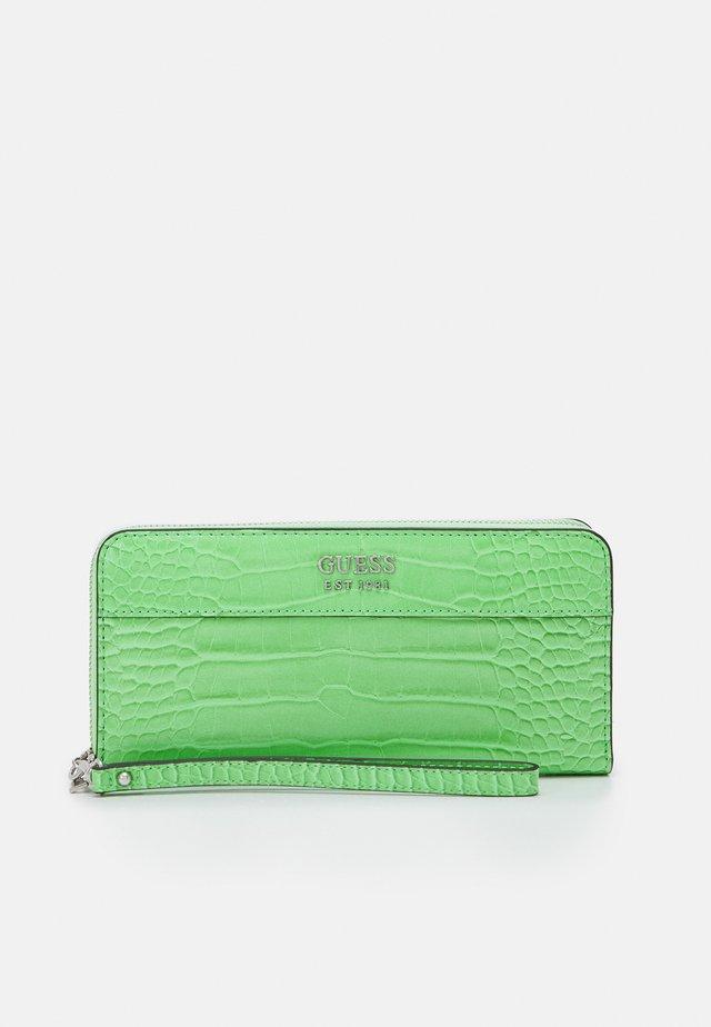 KATEY LARGE ZIP AROUND - Wallet - green