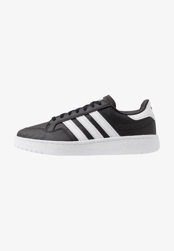 TEAM COURT  - Sneakers - core black/footwear white