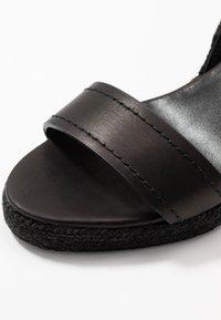WEEKEND MaxMara - RAGGIO - High heeled sandals - schwarz - 2
