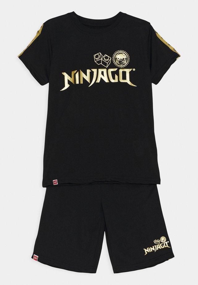 NINJAGO JUBILÄUM SOCCER SET - Dres - black