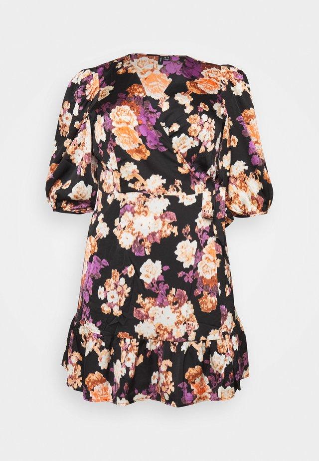 VMBELLA WRAP DRESS - Korte jurk - black