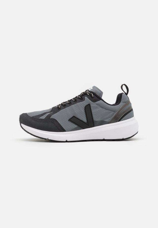 CONDOR 2 - Neutrální běžecké boty - concrete/black