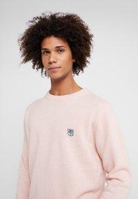 Tonsure - GRANT - Strikpullover /Striktrøjer - pink copenhagen teddy - 4