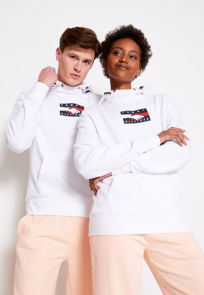 Tommy Hilfiger - ONE PLANET HOODY UNISEX - Sweatshirt - white