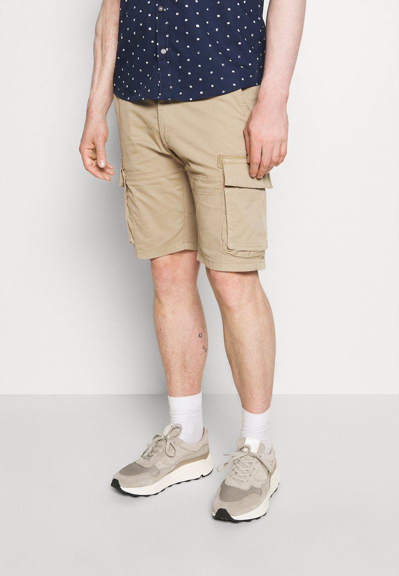 s.Oliver - CARGO - Shorts - brown