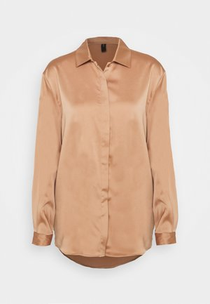 YASTERESA LONG - Button-down blouse - tawny brown