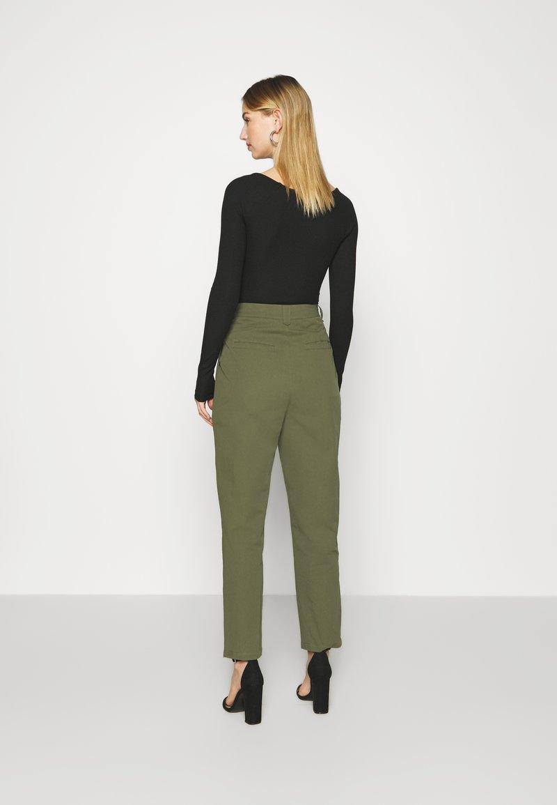 Minimum - AGNESA  - Pantalones - fir green