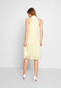 Nly by Nelly - BLINDING DRESS - Robe de soirée - light yellow - 2