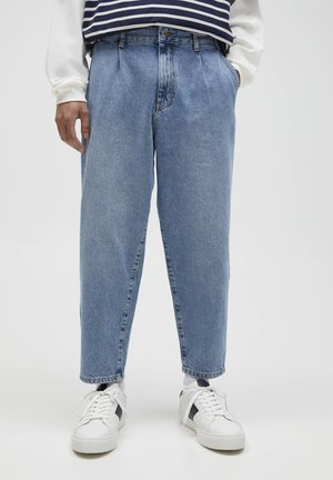 MIT BUNDFALTEN - Relaxed fit jeans - light-blue denim
