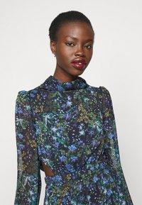 Hope & Ivy Tall - ESME - Maxi šaty - multicolor - 4