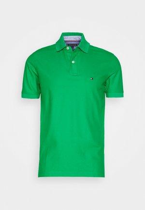 REGULAR - Poloshirt - green