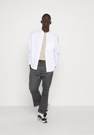 CORE 3 PACK - Basic T-shirt - ecru/ashley blue/white